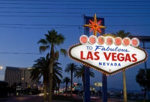 Popular Travel Scams In Las Vegas {Beware}