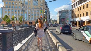 🚶🏻♂️ Walking Streets: Moscow, Russia, From Paveletsky railway station to the Kremlin on central str
