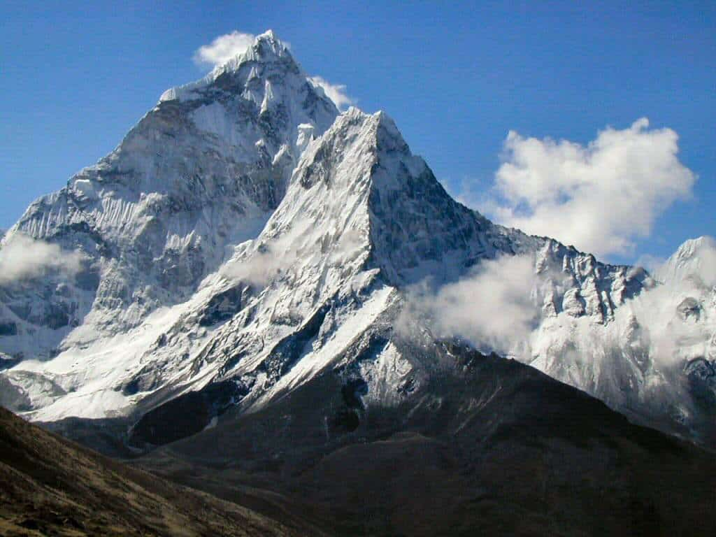 20 Tallest Mountains in the World By Continent (For Your World Travel Bucket List)