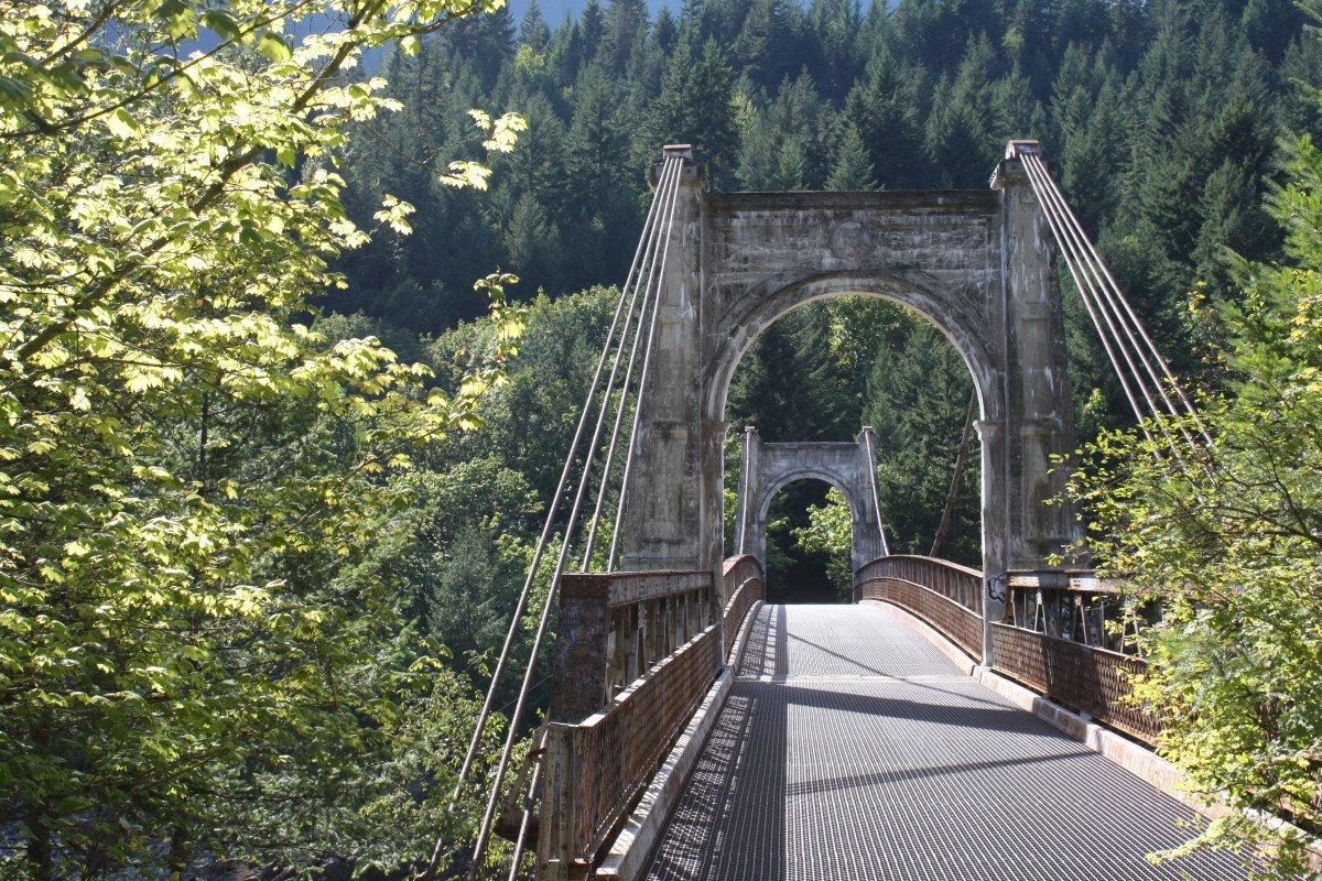 Alexandra Bridge Provincial Park In BC