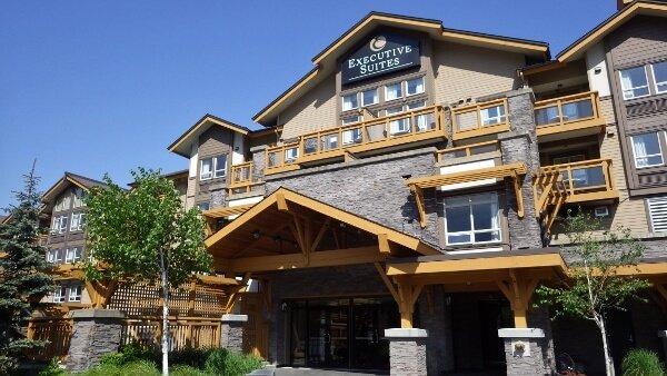 Executive Suites Hotel & Resort {Squamish BC}