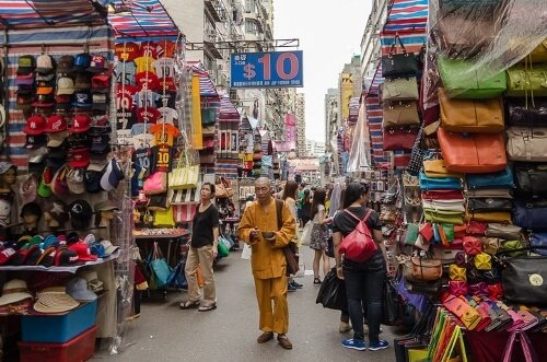 Tourist Scams In Hong Kong {Good To Know}