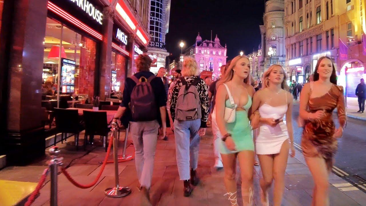 10 PM in Central London – Sept 2021 | London Walking Tour [4K]